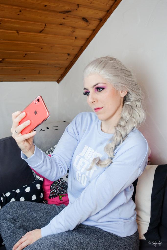 Elsa Cosplay Selfie Ralph Breaks The Internet