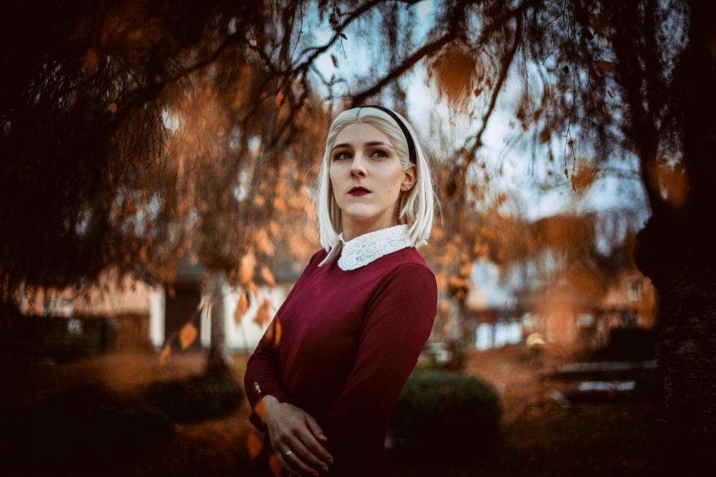 SajaLyn Cosplay Sabrina Spellman Netflix Chilling Adventures of Sabrina Spellman Kiernan Shipka