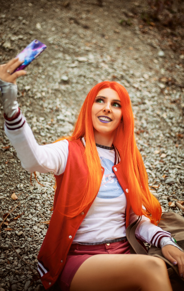 Starfire Cosplay casual Picolo Sajalyn costume selfie