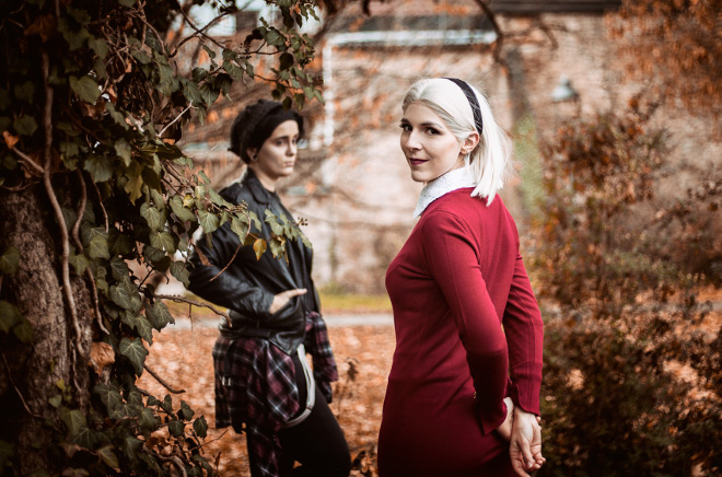 Sabrina Spellman The Chilling Adventures of Sabrina Cosplay Kostüm Kiernan Shipka Jughead Jones Riverdale Crossover Cole Sprouse