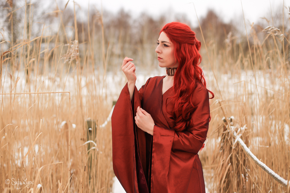 Melisandre Game of Thrones Cosplay Sajalyn