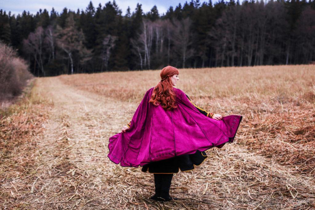 Anna Arendelle Cosplay Frozen 2 SajaLyn
