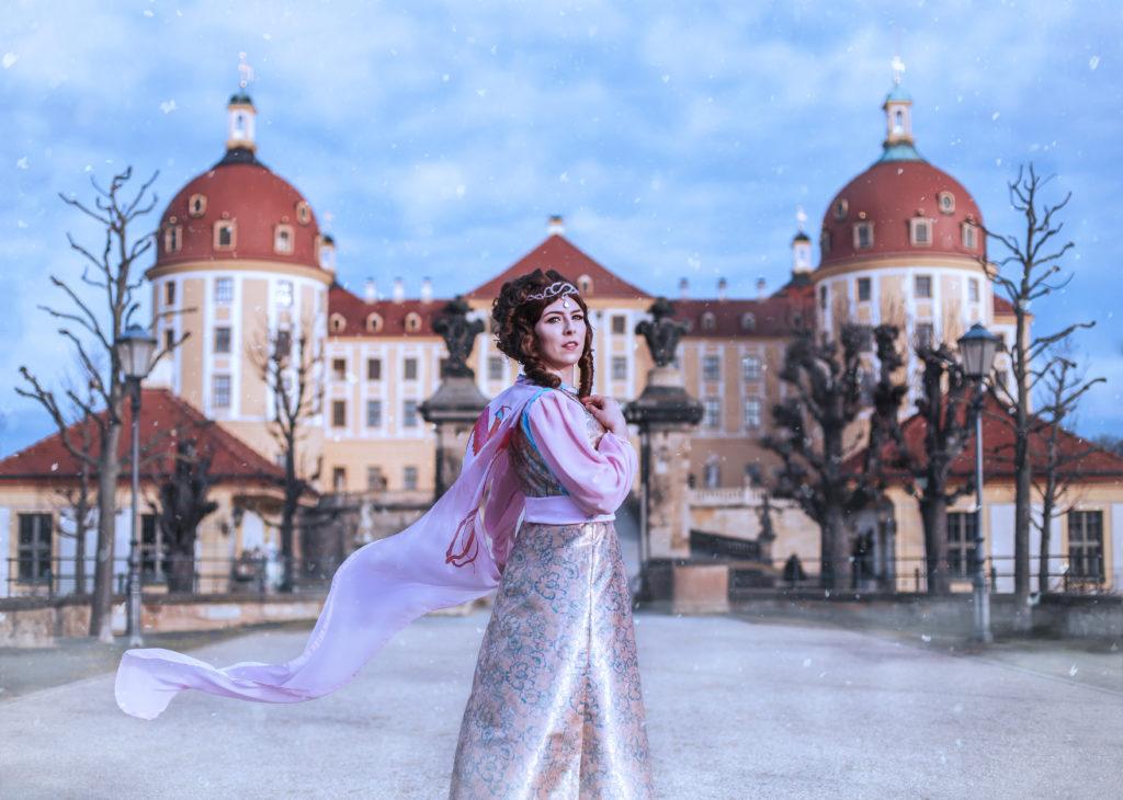 SajaLyn Cosplay Aschenbrödel Moritzburg Haselnüsse Cinderella Popelku Ballkleid