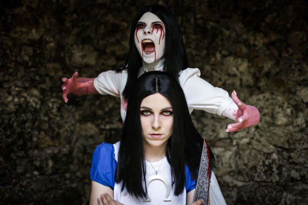 SajaLyn Cosplay Alice Madness American McGee